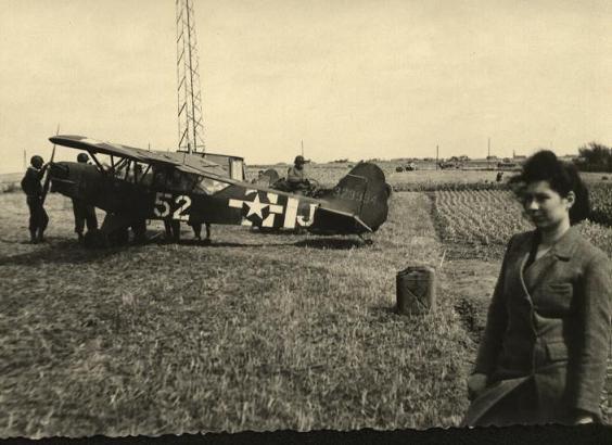 Piper L-4 et paysans en Normandie