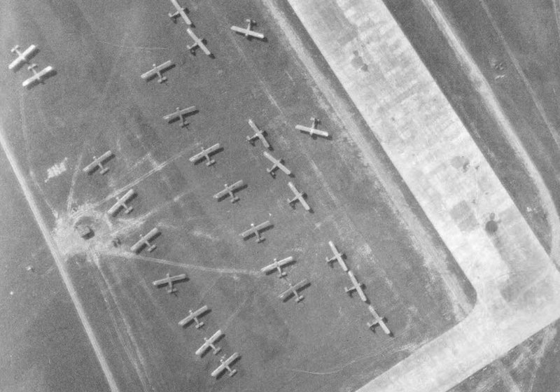 The airfield of St André of the Eure in 1944